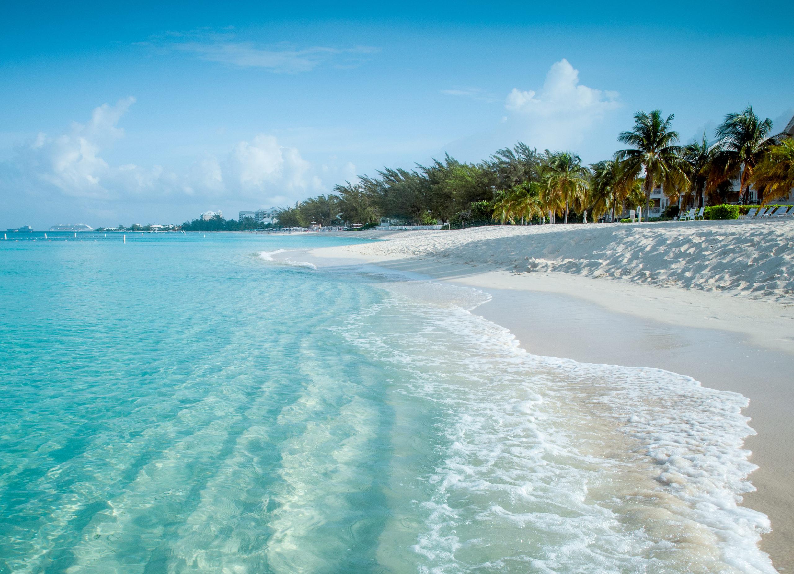 Photo of a Cayman Islands beach shore.